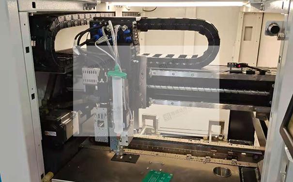 直线导轨在自动点胶机等自动化设备上的应用